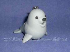 Grey Seal Figure Sound LED Torch Keychain KeyRing Bag Dangle Charm Pendant