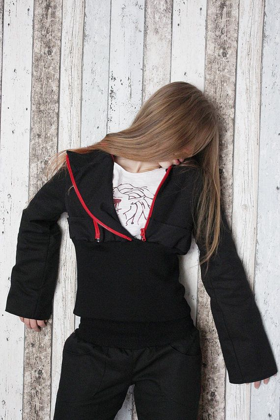 """A handcrafted jacket with 2 zips and comfy ribbing around the waist. One of a kind. The only one in the world like it. As unique as you! Made from double layer of BIO cotton (denim).  Bust: 98 cm (38,5"""") Length: 52 cm (20,5"""")  FREE SHIPPING WORLDWIDE"""