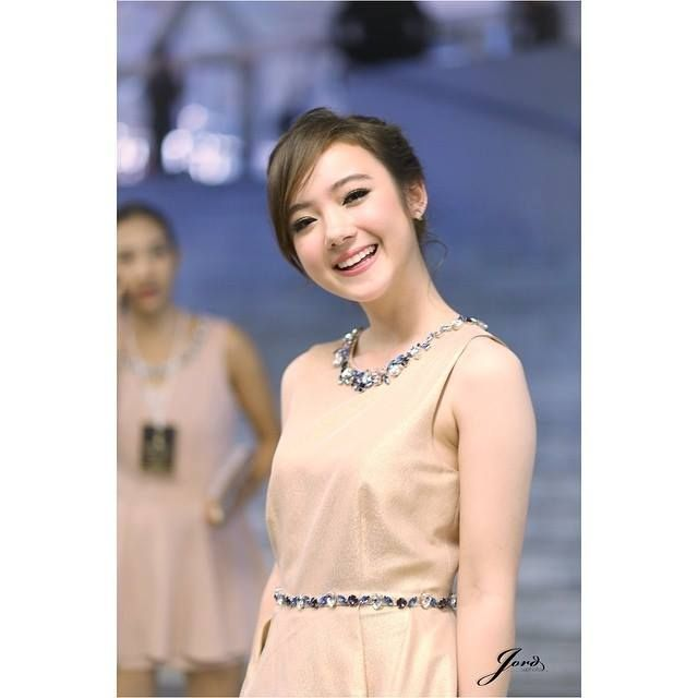Jannina Weigel from Thailand