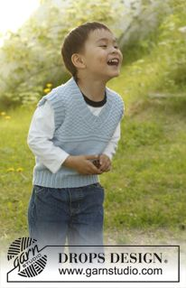 "Knitted DROPS vest with V-neck and double moss st in ""Lima"". Size 3 to 12 years. ~ DROPS Design"