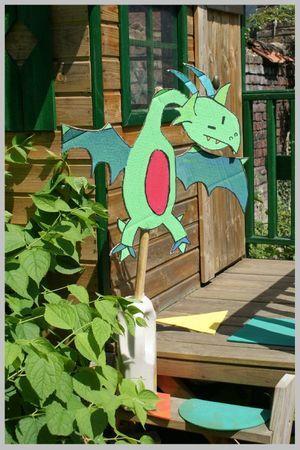 Activités anniversaire chevalier : le dragon des jardins (et autres idées!!!)