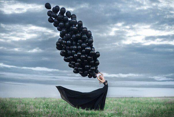 Пример фото с черными шарами