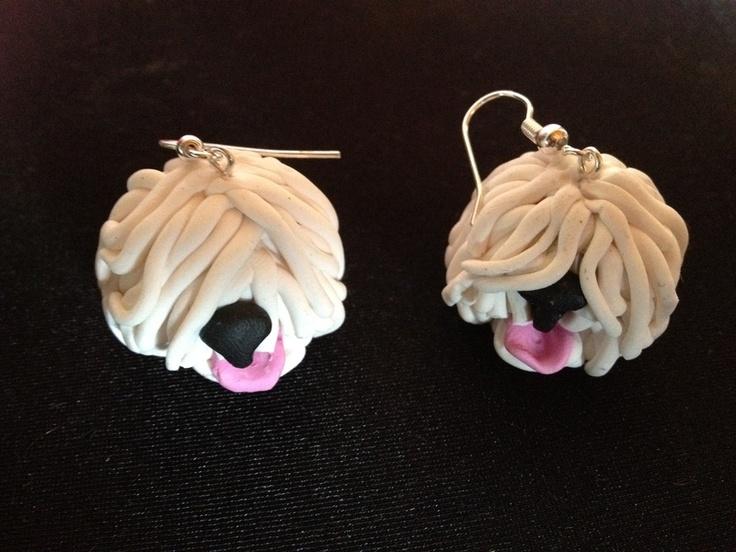 1 Paar Ohrringe  Bobtail - Kopf - old english sheep dog    Handgefertigt - daher jeder etwas anders und ein echtes Unikat.    Jetzt kannst du deine Lieben immer bei dir trage