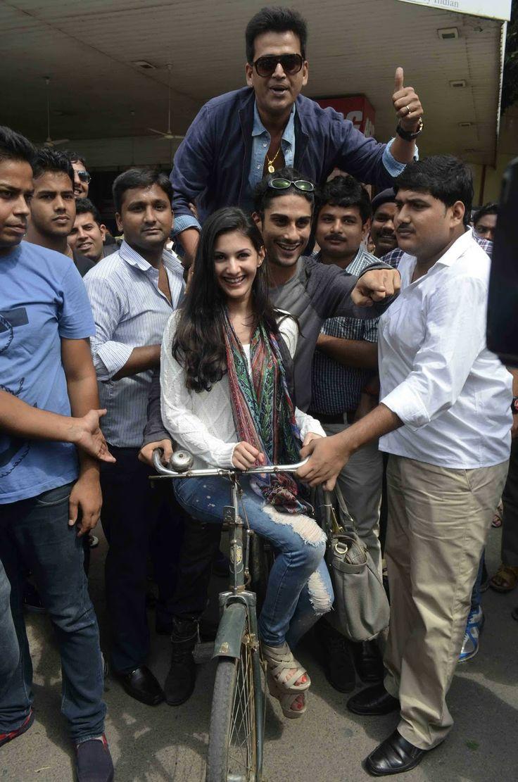 Amyra Dastur and Prateik Babbar Promote Issaq Movie