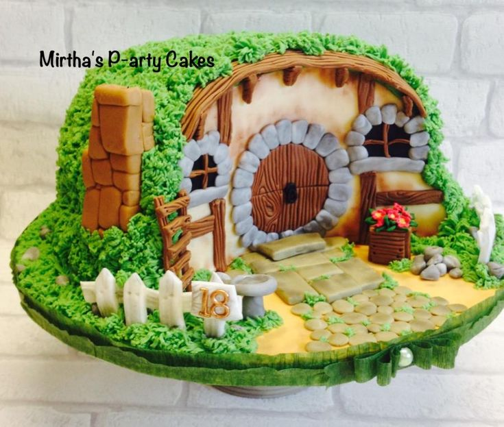 "A ""Hobbit's House""  by Mirtha's P-arty Cakes"