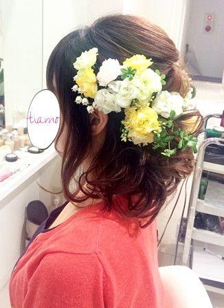 ボブヘアで♡リボンカチューシャ&お花に合わせたふんわりスタイル の画像|大人可愛いブライダルヘアメイク『tiamo』の結婚カタログ