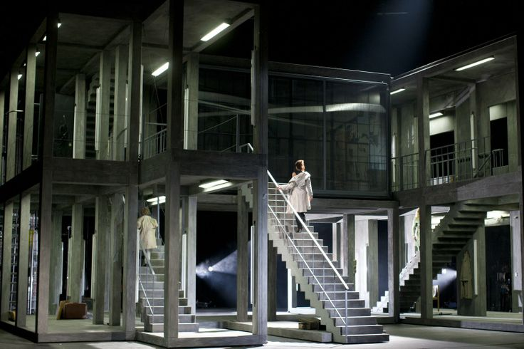 Theater an der Wien (Austria)'s Rodelinda. Directed by Philipp Harnoncourt. Sets and costume by Herbert Murauer.