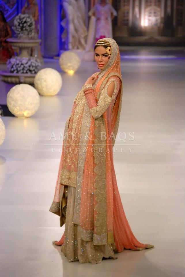 17 Best images about Dresses I Love on Pinterest | South asian ...