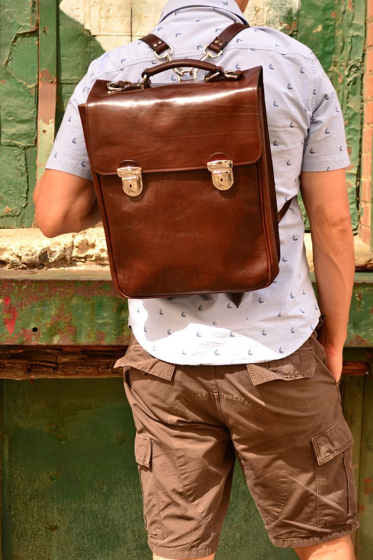 The Commuter bag- with clasps
