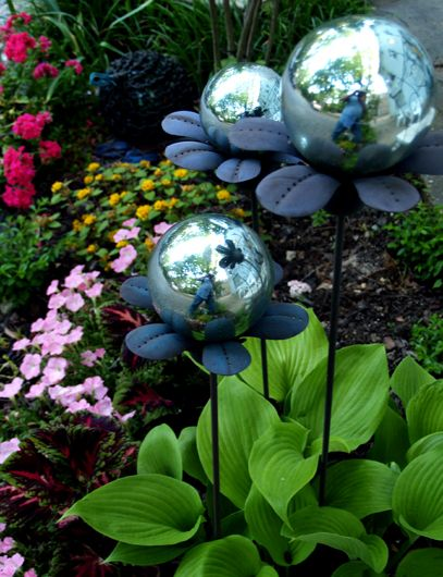 25+ Best Garden Globes Ideas On Pinterest | Bowling Ball Crafts, Art And  Craft Adhesives And Clay Pot Projects For Garden
