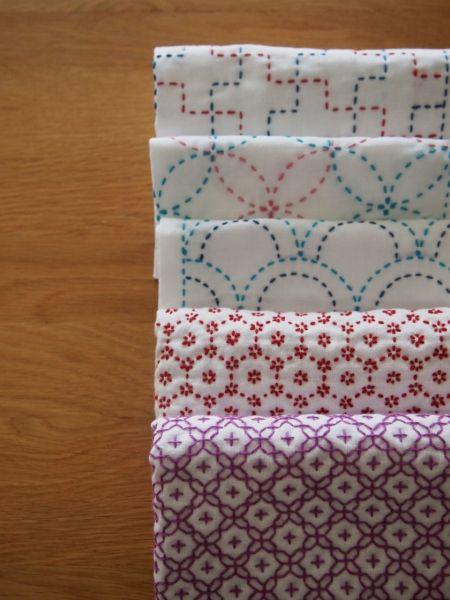 刺し子の花ふきん  ウーマンエキサイト みんなの投稿 ( Contemporary Sashiko stitched towels)
