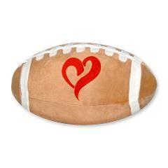 Sierkussen rugbybal met oranje hart bij de Oranjeshop.