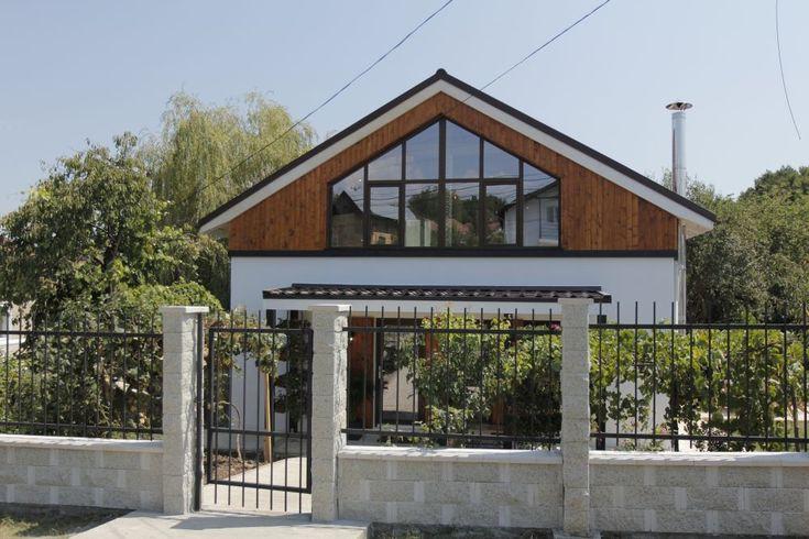Casa familiei Marinoiu din Ocnele Mari construită de către echipa Visuri la cheie