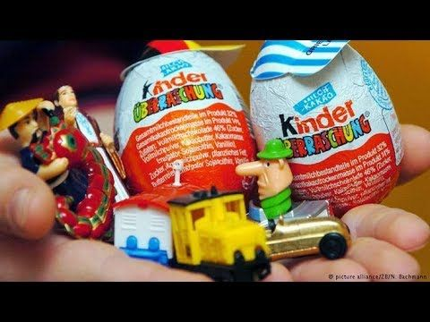 Kinder Surprise Eggs unboxing toys with Rumi