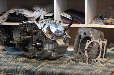 engine dissasembling.Yamaha SRX600 Reborn.Gazzz-garage