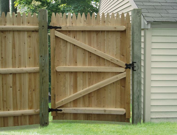 Wooden fence gates designs | WOOD FENCE DOORS « Interior Doors...