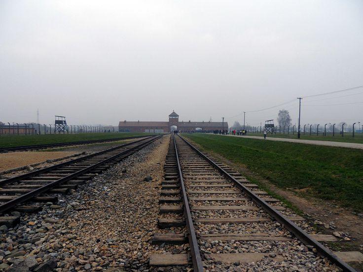 Auschwitz - vías del tren en Birkenau