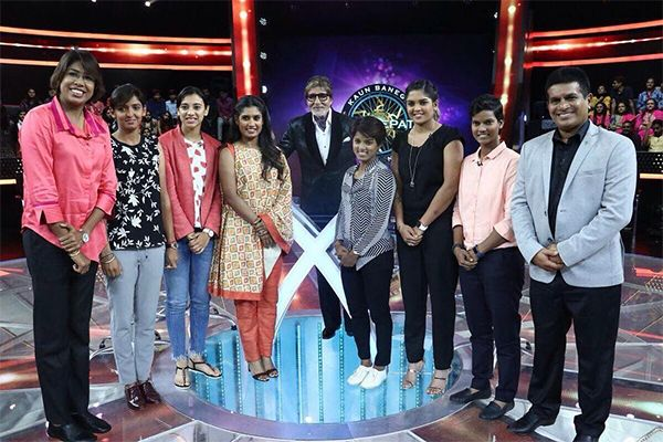 Mithali Raj, Jhulan Goswami charmed by Amitabh Bachchan on Kaun Banega Crorepati – view pics! #FansnStars