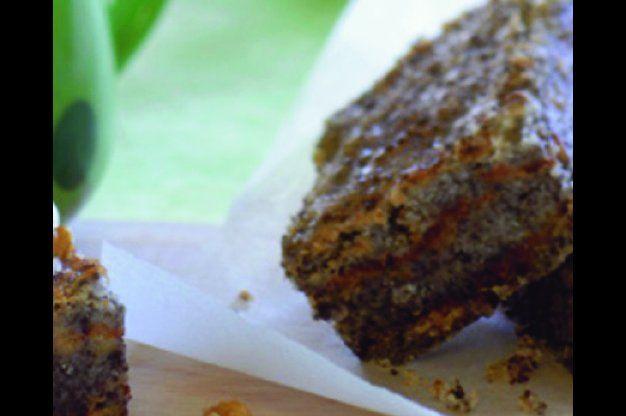 Sypaný makový koláč s jablky | Apetitonline.cz
