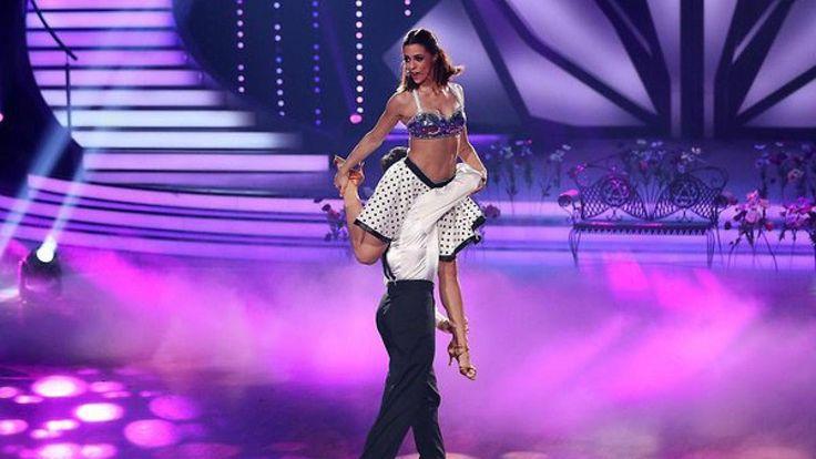 Sie geht bis an ihre Grenzen! Bei Lets Dance macht Schlagersängerin Vanessa Mai Woche für Woche eine super Figur.   Source: http://ift.tt/2rDWDnP  Subscribe: http://ift.tt/2rnpmg3's Dance-Star immer dünner: Nur 48 Kilo! Vanessa Mai kämpft gegen Untergewicht