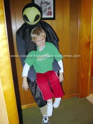 Cool Homemade Alien Abduction Halloween Costume
