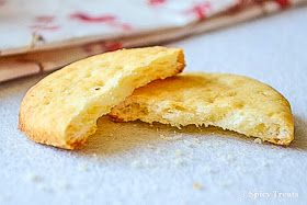 Spicy Treats: Salt Crackers / Ritz Crackers