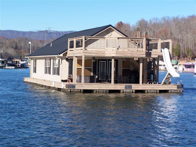 Floating House Eagles Nest Lake House Rentals Houseboat Vacation Floating House