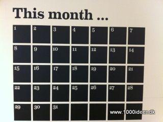 Mal kalender eller husketavle direkte på væggen