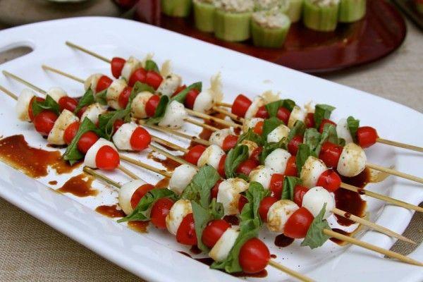 Caprese skewers... | Little Bites recipes | Pinterest