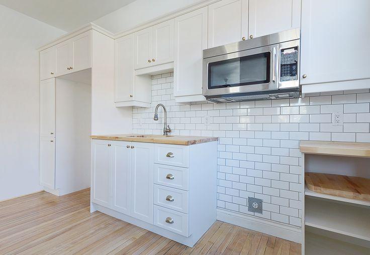 Une simple rénovation de cuisine, la mise à jour d'une salle de bain et la finition de planchers de bois
