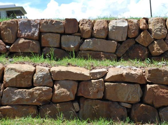 Landscaping Boulders Brisbane : Bushrock walls and boulder retaining brisbane gold