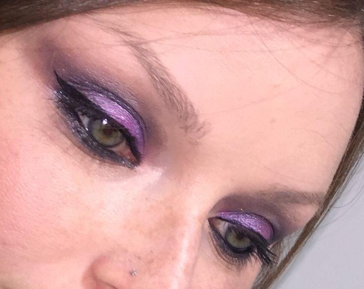 Dettagli del make up dell'altro giorno 😉 #bellezzaprecaria #details #makeup #makeuplife #makeupbyme #makeuplook #makeuplove #makeuplovers #makeuplover #instamakeup #eye #eyes #eyemakeup #me #myself