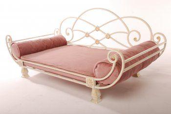 фото, фотографии, картинки, Кованые кроватки-лежаки для собак и кошек