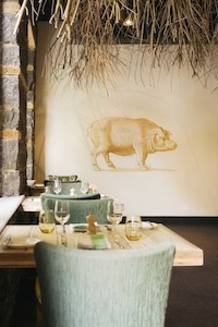 Harea dn Grace Restaurant in Melbourne, Australia.  Casual elegance and the pig and cow walls are so sweet, i smile.