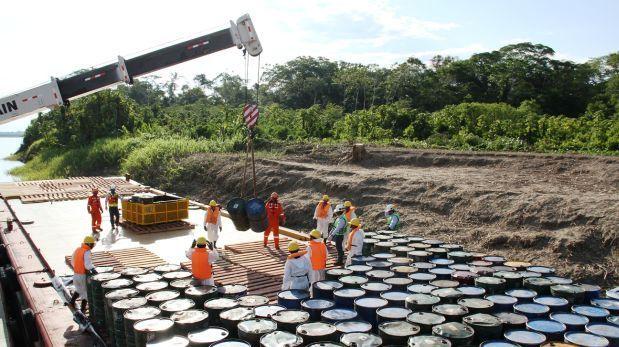 Futuro de la Industria Petrolera en el Peru - http://www.telecentros.pe/futuro-de-la-industria-petrolera-en-el-peru/