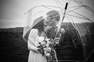 Hochzeitsfotos in Dresden am Elbufer und im Standesamt Goetheallee