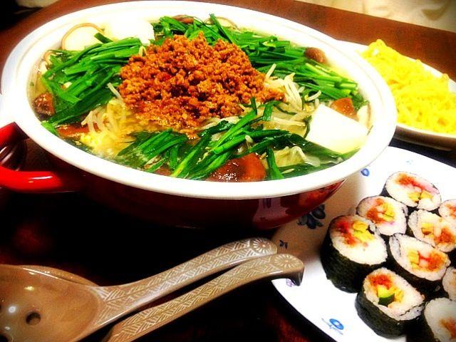 今季初のお鍋は担々鍋♪( ´θ`)ノ - 38件のもぐもぐ - 担々鍋 太巻き by miyurou