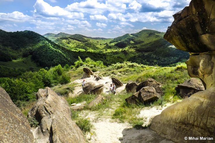 Trovantii de la Ulmet, Buzau, Romania (photo by Mihai Marian)