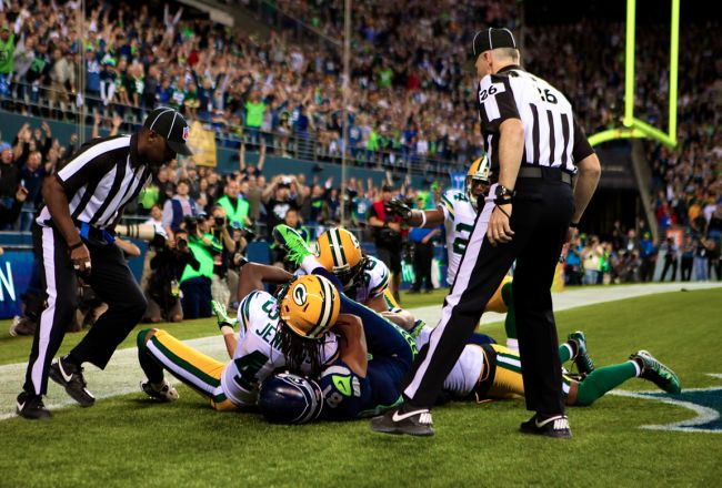 Packers vs. Seahawks: Controversial Referee Decision Gives Seattle a 14-12 Win    Terrible Terrible Call! :(:(:(