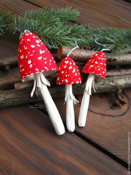 Купить или заказать Мухоморчики. в интернет-магазине на Ярмарке Мастеров. Стоимость указана за комплект из 3шт. Яркие, стильные, креативные! Небьющиеся, экологически чистые и абсолютно безопасные для ваших деток:) Выполнены в технике папье-маше. Ножка из натурального дерева. ......................................................................................... Прежде, чем оформить покупку или заказ, ознакомьтесь, пожалуйста, с правилами магазина - www.livemaster.