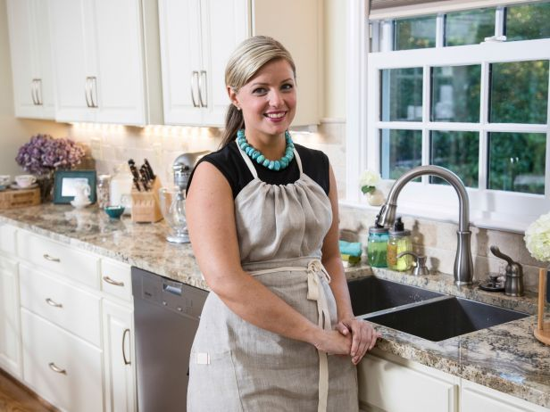 adorable apron-Food Network's Damaris Phillips-Southern at Heart