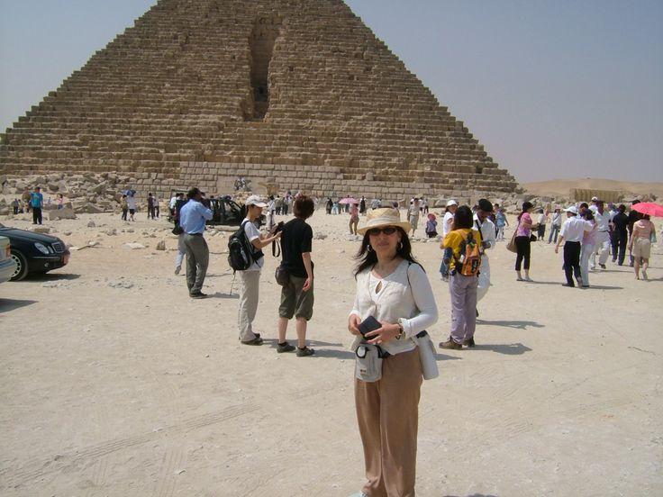 Tour in Egypt on 2004, The Pyramides