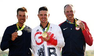 Justin Rose, centre, with Henrik Stenson, left, and Matt Kuchar at Rio 2016.