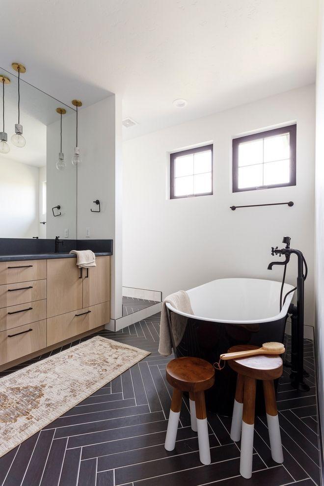 Black Modern Farmhouse With Black White Interiors Home Bunch Interior Design Ideas In 2020 Black Bathroom Floor Tiles Black Tile Bathrooms Black Bathroom Floor