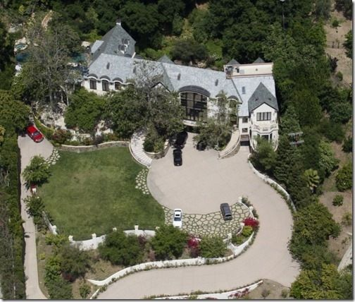 Gene Simmons home.