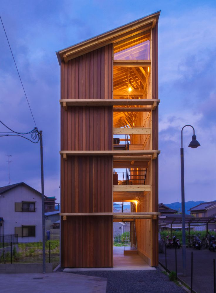 Small Narrow Art Studio Living Room Design: Japanese Environmental Organization Completed Work On A
