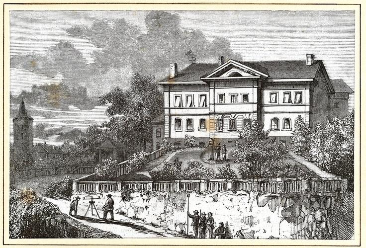 En 1858, l'école spéciale de Lausanne déménage rue de la Tour.