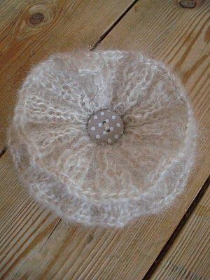 knit a flower