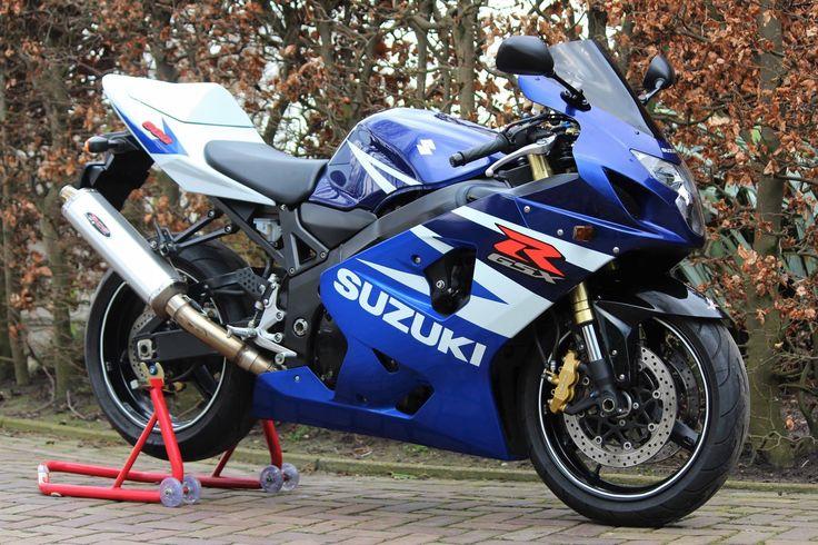 Suzuki GSX-R 600 k4 2004 aangeboden in de Facebookgroep https://www.facebook.com/groups/motorentekoopmt/permalink/746908805483841/ #suzuki #suzukigsxr #suzukigsxr600 #suzukigsxr600k4 #motortreffer #motorentekoopmt #motoroccasion #motoroccasions #motorverkoop #motoren #motorverkopen #motorinkoop #motorzoeken #motorenzoeken #motorzoeker #motorexport #motorimport #motorinkopen #toermotoren #racemotoren #circuitmotoren