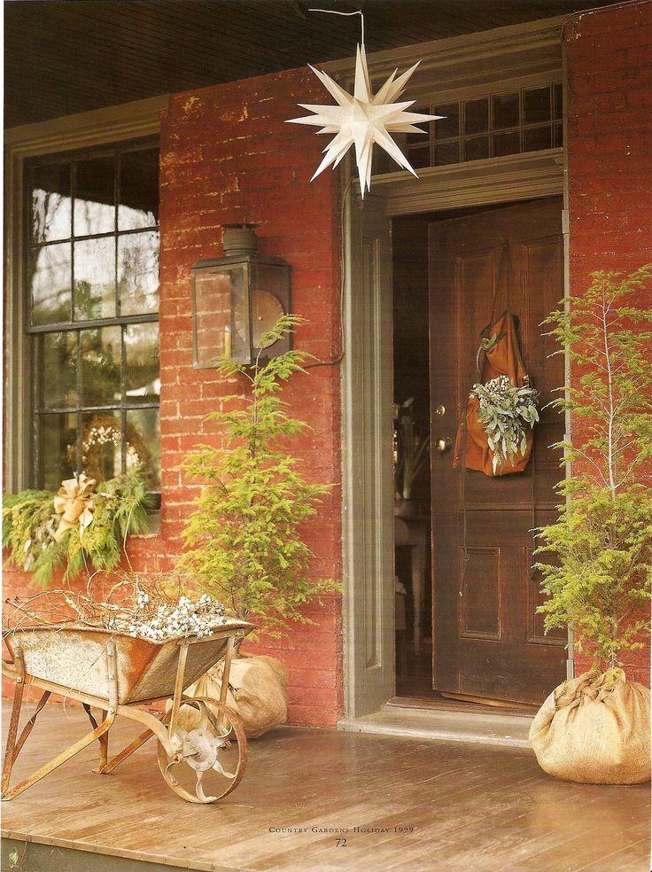 1012 best christmas primitive colonial country exterior decor images on pinterest. Black Bedroom Furniture Sets. Home Design Ideas